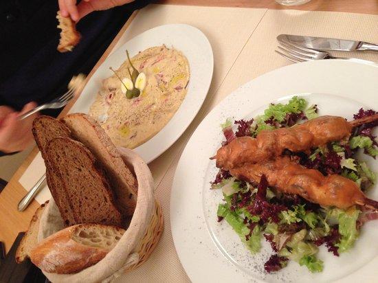 Villa Romana Ristorante : Food to die for :)) love story!!