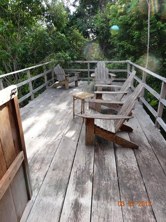 Caiman House Field Station: Second floor deck of guest house
