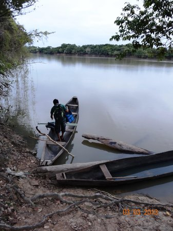 Caiman House Field Station: Our dugout canoe on nearby oxbow lake