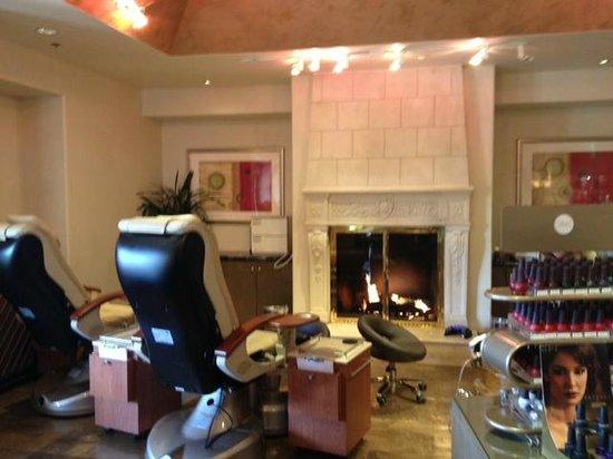 The Lodge at Pebble Beach: Manicure/Pedicure area of Spa