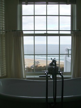 The Ocean House: I was able to bathe in the moonlight while listening to the waves!