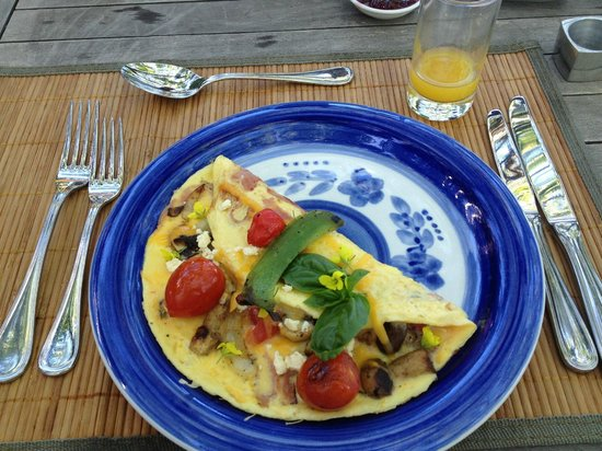 Boutique @ 10: Wonderful start of the day - omelette de luxe