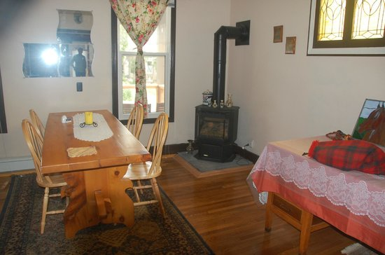 Mahren House: comfy corner