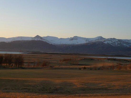 Icelandair Hotel Hamar: Blick auf die Berge am frühen Morgen