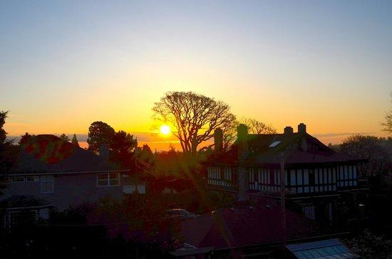 Fairholme Manor: Sunrise view off deck of Rose Garden suite