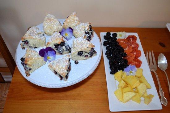 Fairholme Manor: Lemon Blueberry Scones