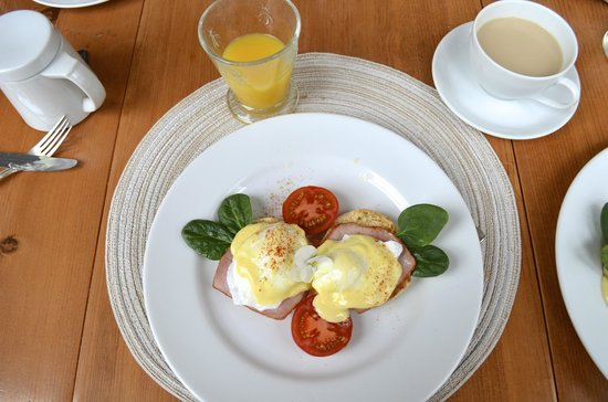 Fairholme Manor: Eggs Benedict