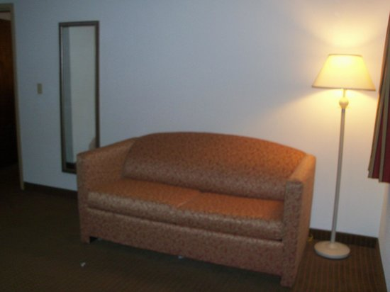 Quality Inn & Suites: This is a suite ? ugh