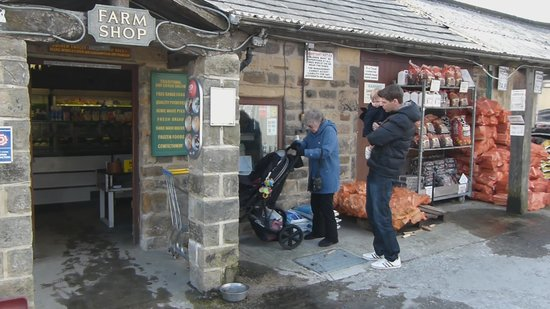 Yeadon, UK: The Farm Shop Entrance