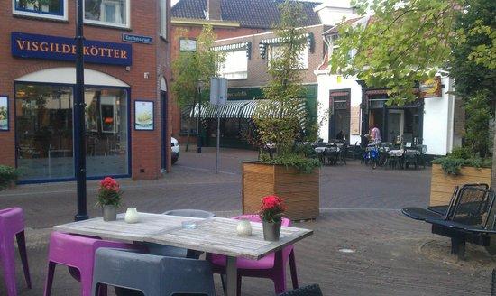 Hotel De Kroon: terrace view