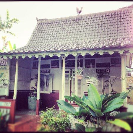 Hotel Puri Tempo Doeloe: villa vista da esterno