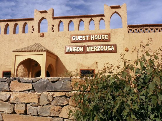 Guest House Merzouga: ingresso alla guest house