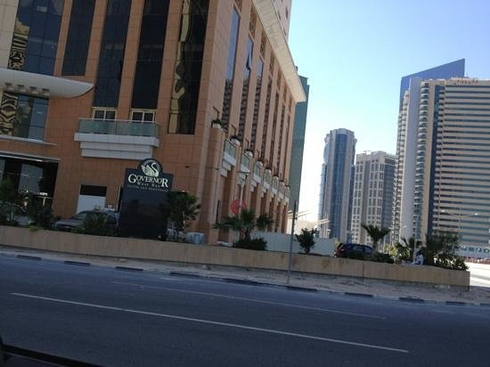 Governor West Bay Suites And Residence: مدخل الفندق