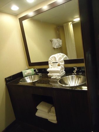 Captains Quarters Resort: Bathroom