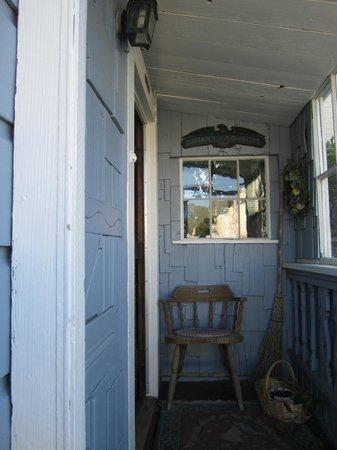 Saltbox : Entrance to Captain's Quarters