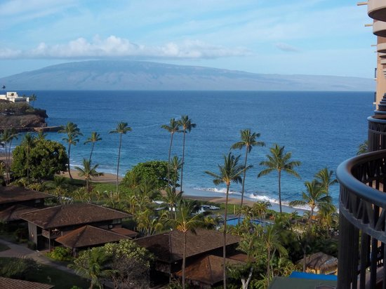 Royal Lahaina Resort: view from Lanai