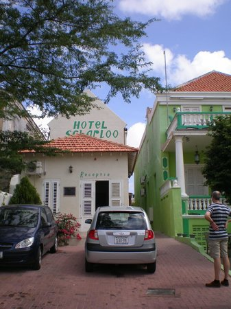 Hotel Scharloo : Front view of the hotel