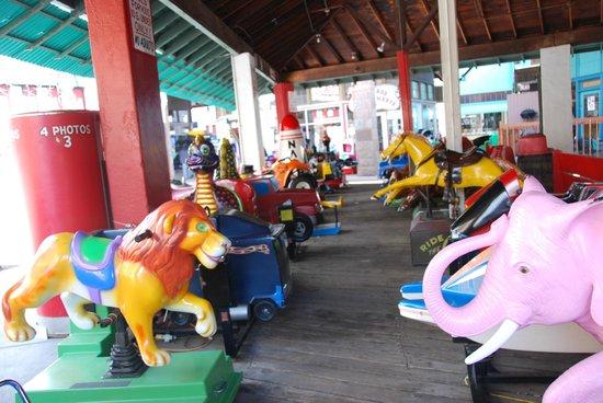 Arcade Amusements, Inc: rides