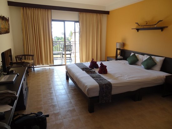 Krabi La Playa Resort: Nice spacious rooms