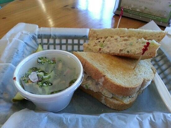 SweetBerries Eatery & Frozen Custard: tuna melt heaven!