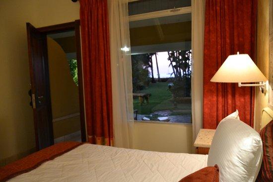 Hotel Tamarindo Diria: Room