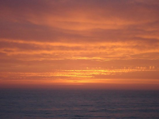 Howard Creek Ranch: Sunsets are Memorable at nearby Westport/Union Landing Beach
