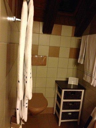 Hotel-Restaurant La Maison du Prussien : Salle de bains