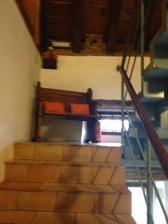 Hotel-Restaurant La Maison du Prussien : couloir de l'hôtel