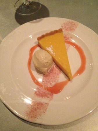 Cafe Paradiso: Lemon tart