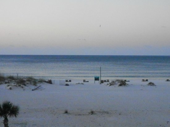 Days Inn Pensacola Beachfront: View of the ocean from Gulf side rooms