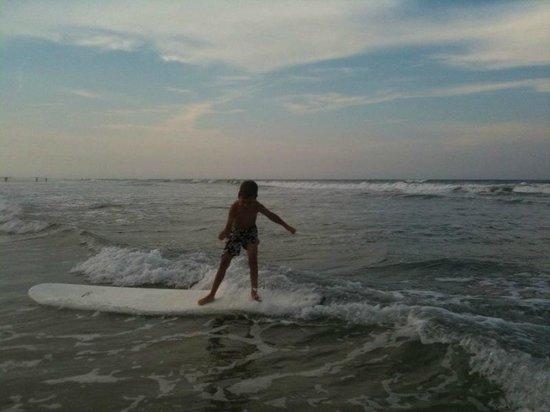 sSs surf lessons
