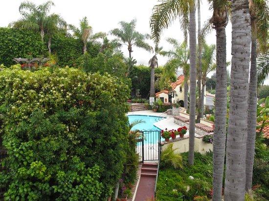 Casa Laguna Hotel & Spa: The pool in the distance