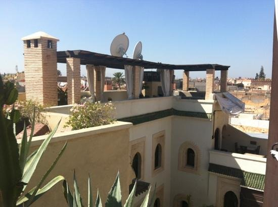 Riad Kheirredine: terrace