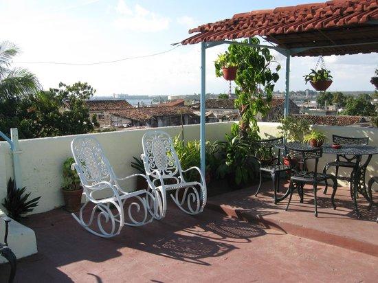 Casa Reinaldo y Yurisa: 1. Balcony