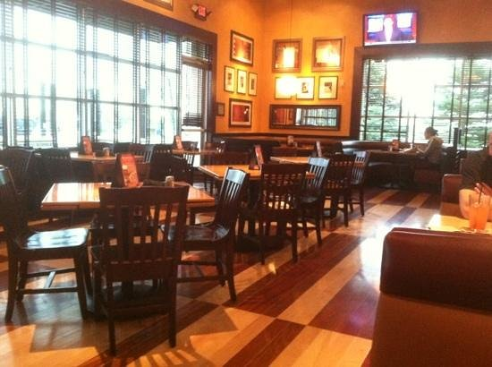Bj S Restaurant Brewhouse Aurora Reviews Phone Number Photos Tripadvisor