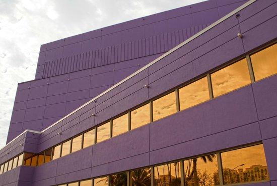 Van Wezel Performing Arts Hall: Van Wezel side exterior 2
