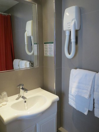 New Orient Hôtel : Bathroom