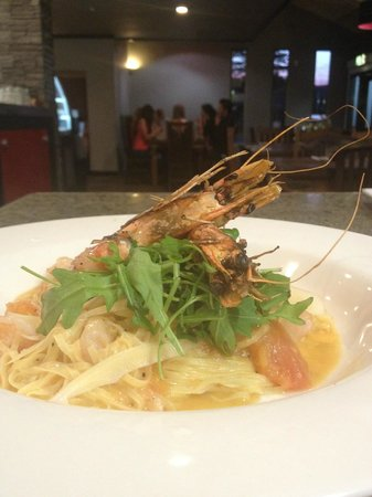 Red Dining : Fresh Prawn Linguine Pasta