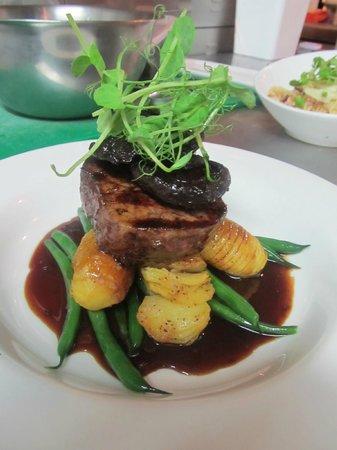 Red Dining : Eye Fillet Steak