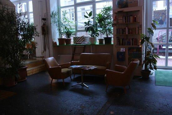 Huettenpalast: lobby