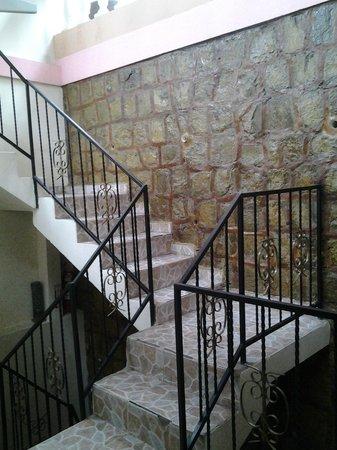 Hotel Graditas Mayas: gradas para la terraza