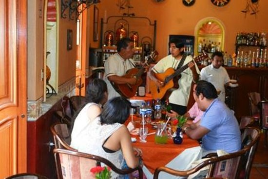Hotel Boutique Parador San Miguel Oaxaca : live music in the restaurant