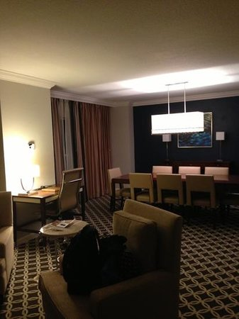 Gaylord Palms Resort & Convention Center: suite room