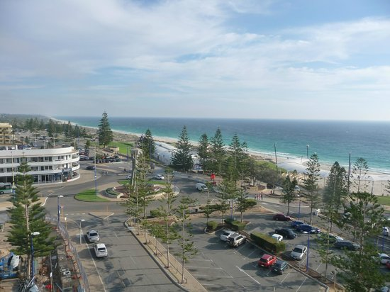 Rendezvous Hotel Perth Scarborough: View of Scarborough Beach