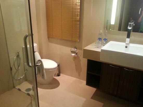 Nova Gold Hotel: bath