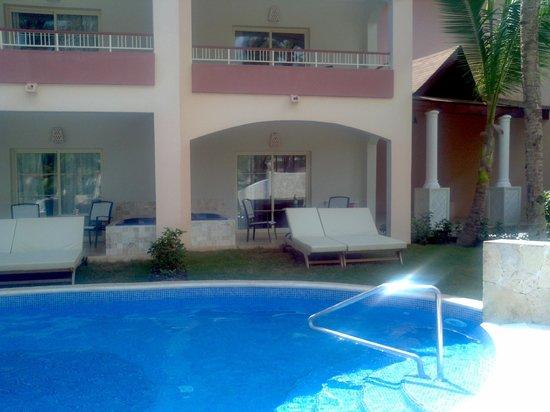 Majestic Colonial Punta Cana: Swim up room