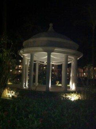 Majestic Colonial Punta Cana: Gazebo