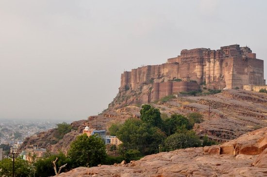 Govind Hotel: The fort, well worth a visit!