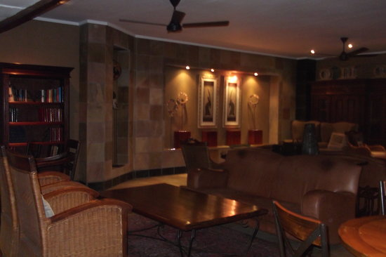 Protea Hotel by Marriott Kruger Gate: the charming library