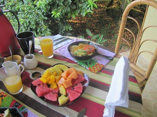 La Tierra Divina: Desayuno delicioso